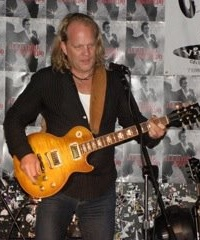 David and his Les Paul